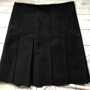 Zara Black pleated skirt size 6